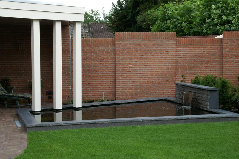 Sproei Installatie Tuin : Tuinaanleg hermans tuin en bestrating
